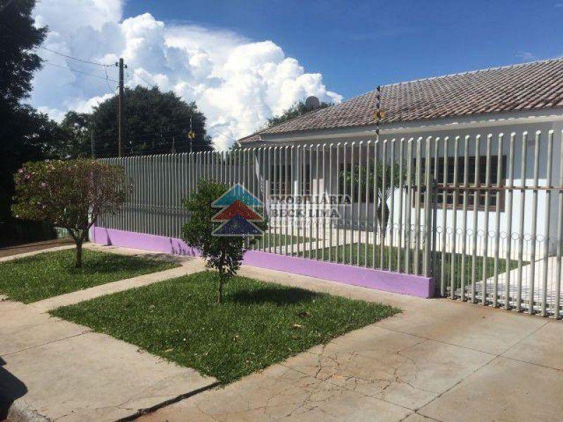 Casa a Venda - Rua Romão Chrum - São Cristovão