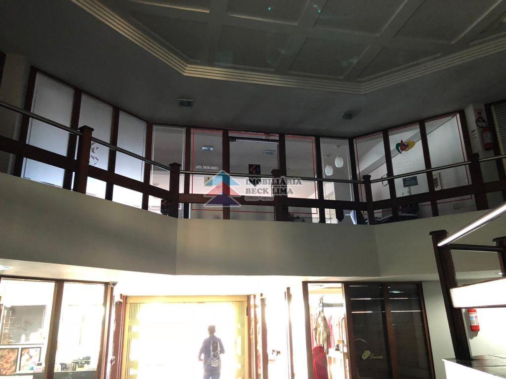 Sala Comercial à Venda - Edifício Serra Dourada - Centro