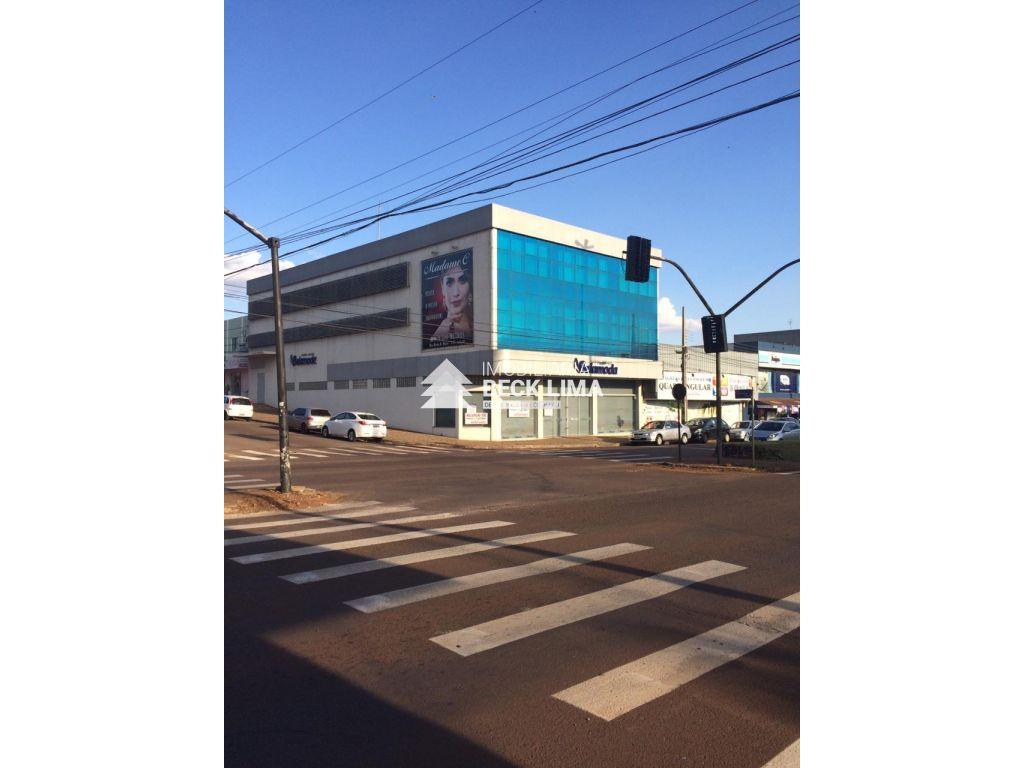 SALA PARA ALUGAR - Rua Carlos Gomes - Maria Luiza