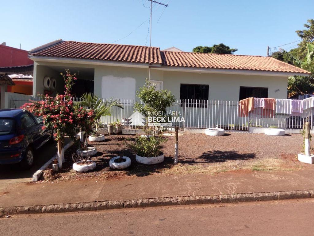 CASA A VENDA EM CORBELIA - Rua Lilás