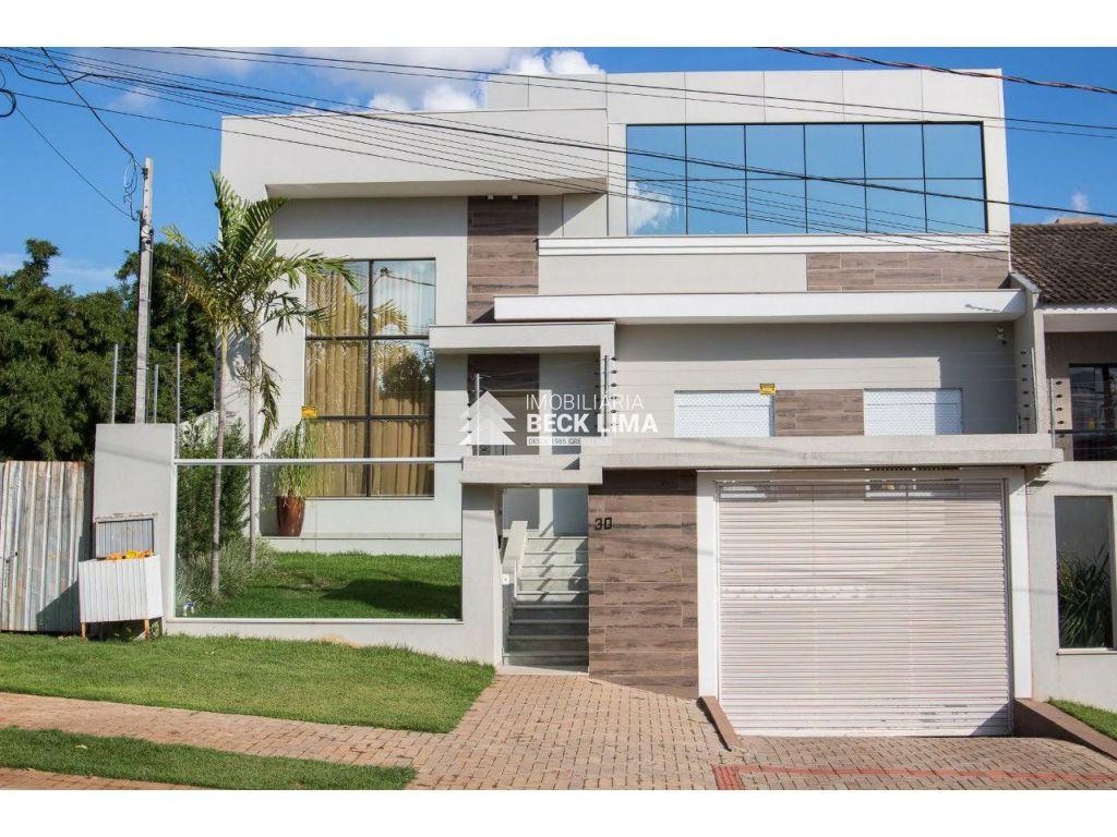 SOBRADO TRIPLEX A VENDA - Rua Silvino Blender - Alto Alegre