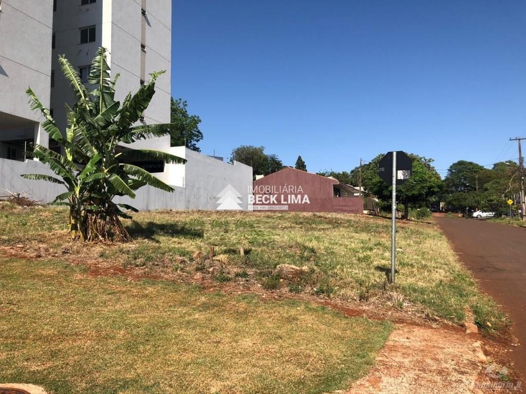 Terreno a Venda - Rua Visconde de Guarapuava - Cancelli