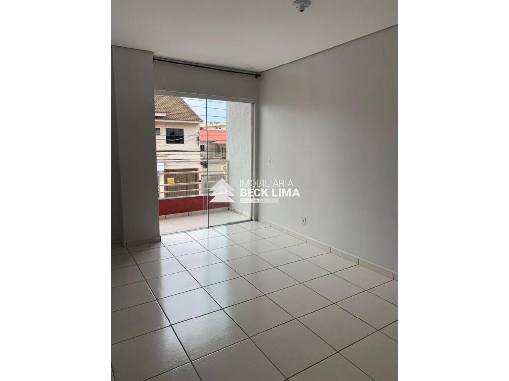 Apartamento a Venda - Condominio Teixeira - Bairro Alto Alegre