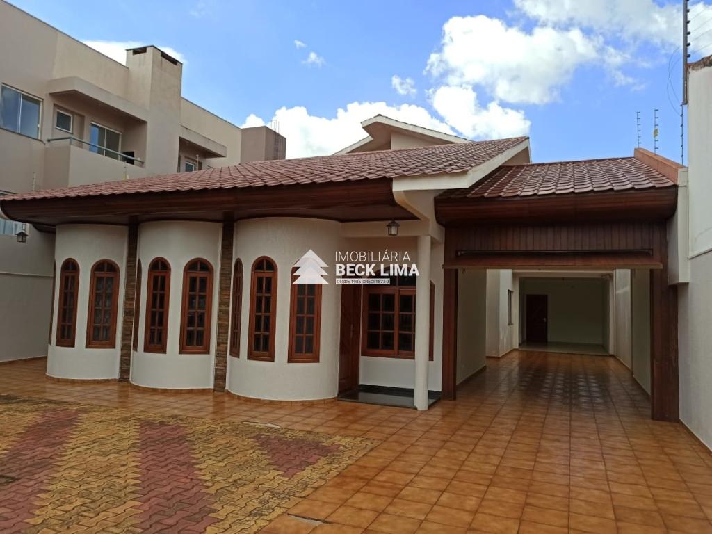 Casa Assobradada - Rua Recife - Coqueiral